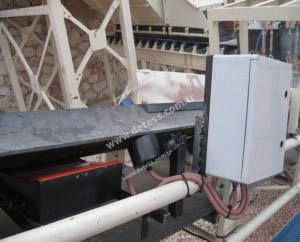 Metal Detector With A Single Sensor
